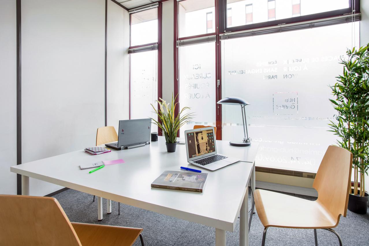 Bureau startup Colocation d'entreprises Focus Le 174 Hub-Grade